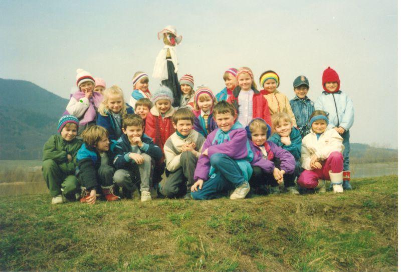 images/Galeria/kroniki/klasowe1985rocznik