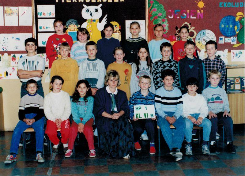 images/Galeria/kroniki/rocznik1983klasa6