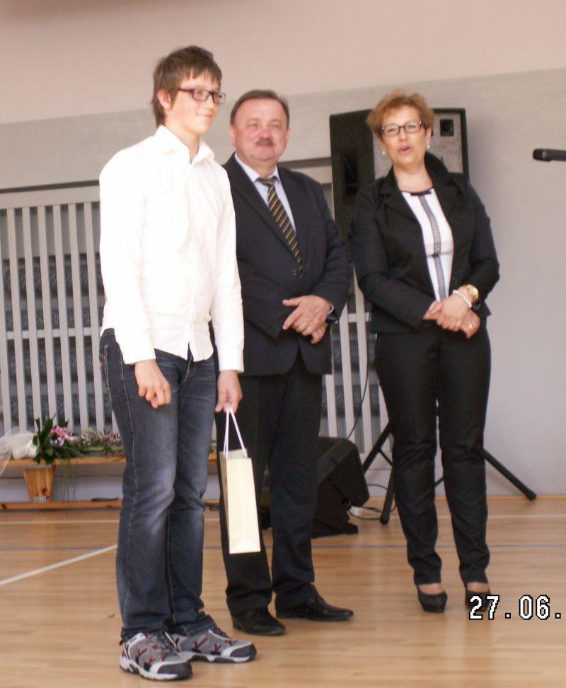 images/Galeria/zlotyabsolwent/PICT0034