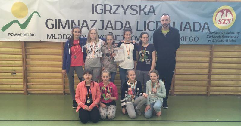 images/Galeria/siatkapowiatfinal17/Schowek01