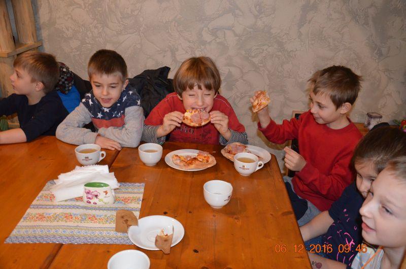 images/Galeria/pizzapierwszaki16/DSC_0039
