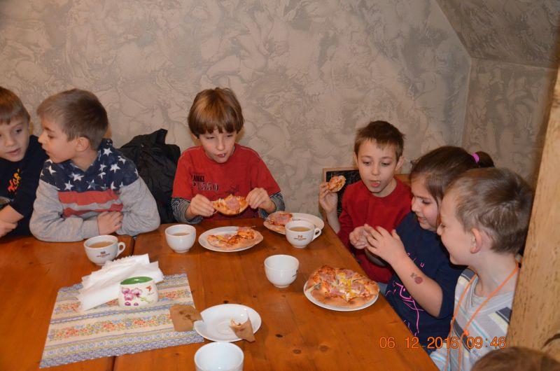 images/Galeria/pizzapierwszaki16/DSC_0042