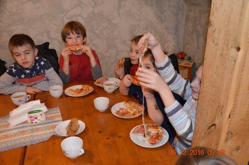 images/Galeria/pizzapierwszaki16/DSC_0044