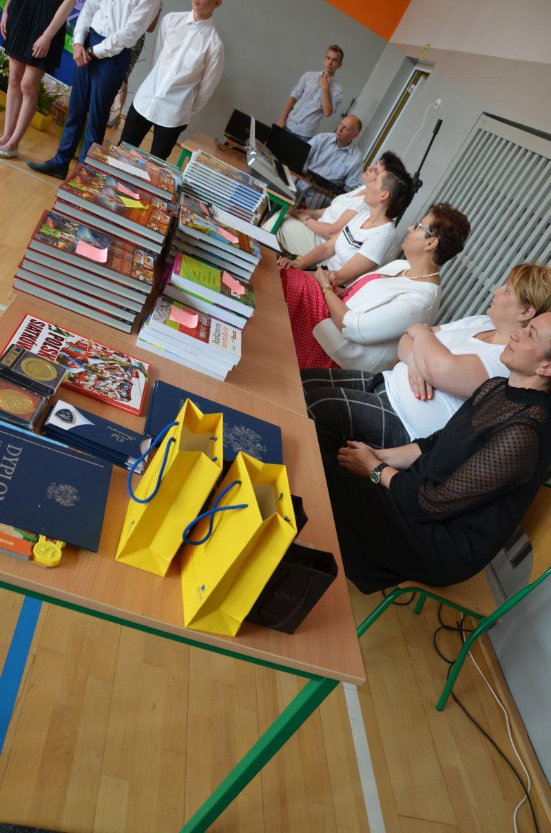 images/Galeria/zakonczenieroku19/DSC_0041